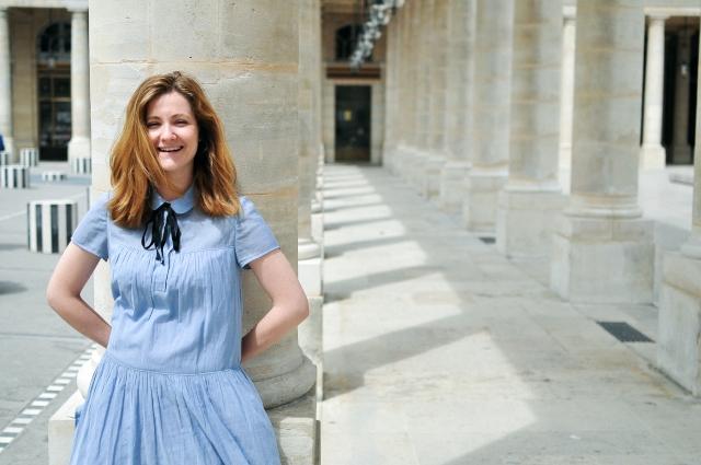 Lucie porte Fleur d'Oranger de Fragonnard